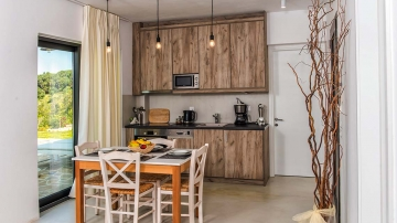villas-in-arillas-corfu-details-kitchen-2