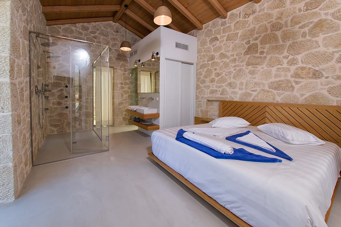 Master Bedroom - Villas in Arillas Corfu