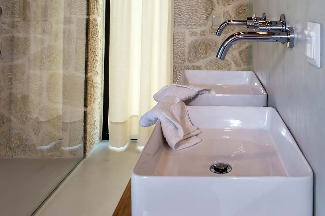 Bathroom - Villas in Arillas Corfu
